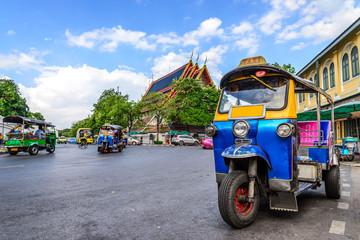 Blue Tuk Tuk, tajlandski tradicionalni taksi u Bangkoku na Tajlandu.