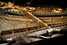 Old Piano Inside, Disassemble Wire