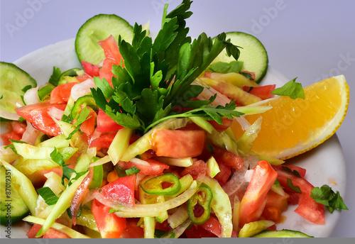 La pose en embrasure Vache çoban salatası