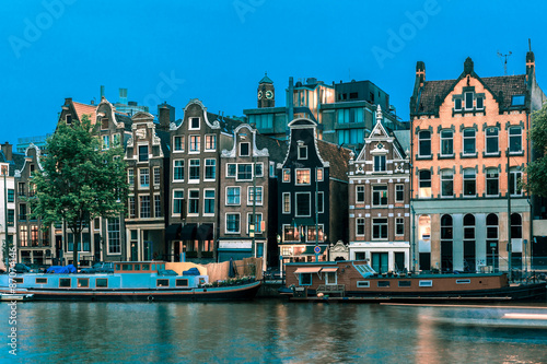 Poster Amsterdam Night Amsterdam canal with dutch houses