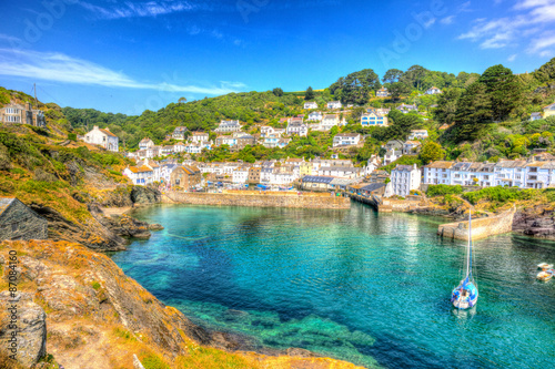 Photo Polperro harbour Cornwall England clear blue and turquoise sea HDR