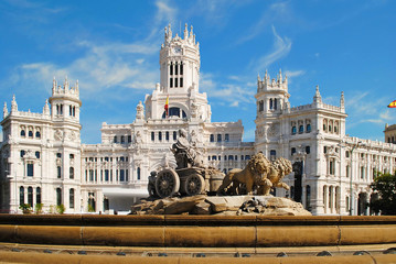 Beautiful landscape with Cibeles Fountain in downtown Madrid, Sp