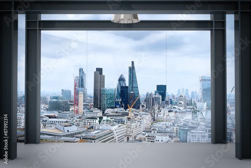 Obrazy na płótnie Canvas interior space of modern empty office interior with london city