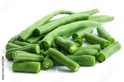 Fototapeta Whole French green string beans cut and isolated on white. obraz