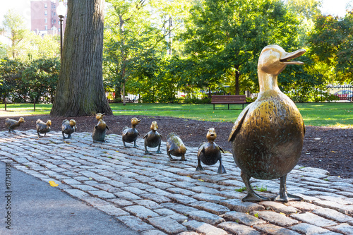 Leinwand Poster Make Way for Ducklings, Boston Public Garden