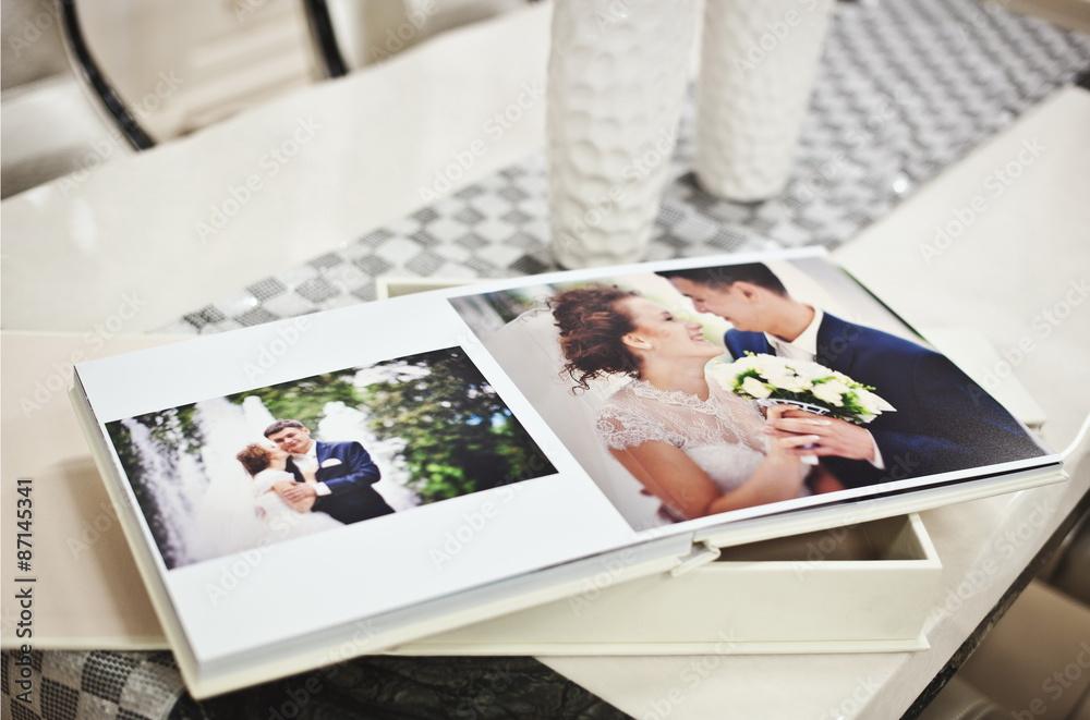 Fototapety, obrazy: White classic wedding book and album