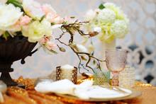 Stylish Gold Table Set