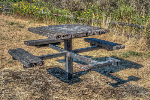 Photo  Worn Table HDR