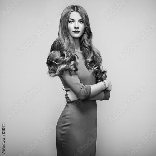Foto op Plexiglas womenART Fashion portrait of elegant woman with magnificent hair
