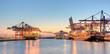 Leinwandbild Motiv Containerhafen