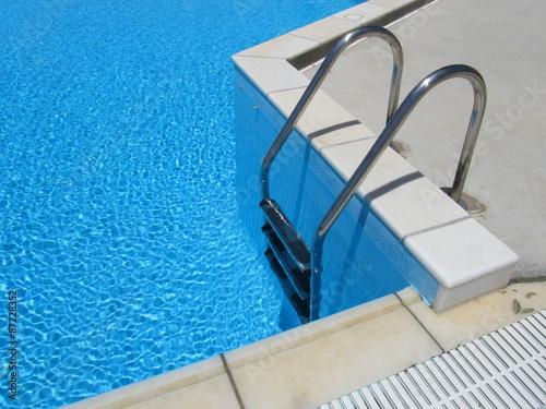 Fotografie, Obraz  Scaletta metallica piscina