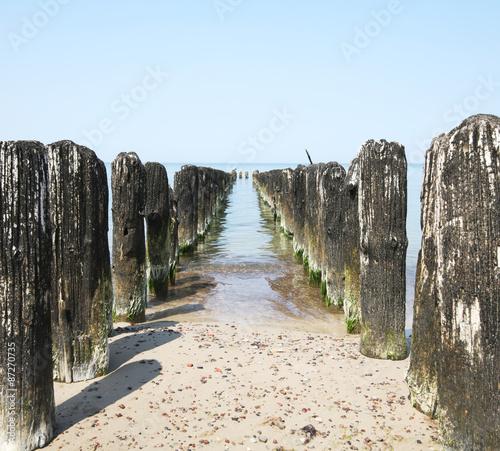 Fototapeta morze stary-falochron