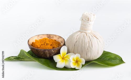 Cadres-photo bureau Condiment Spa theme objects with frangipani flower