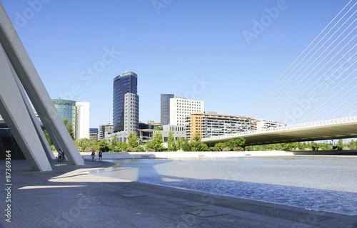 Diseño y arquitectura en parques y jardines de Valencia, España