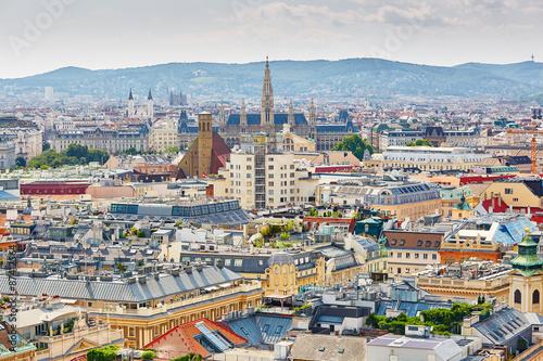 Obraz na plátně Aerial view of city center in Vienna