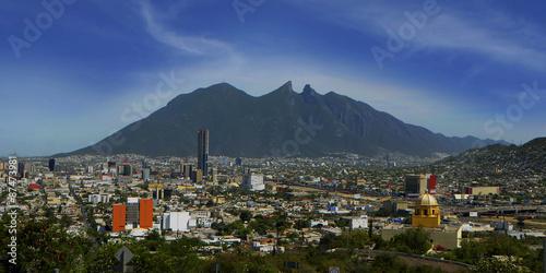 Cerro de la Silla, emblema de la ciudad de Monterrey, Nuevo León Wallpaper Mural