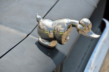 Convoy Rubber Duck Car And Truck Hood Ornament