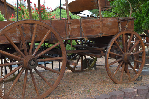 Fotobehang Indiërs Very old wooden wagon