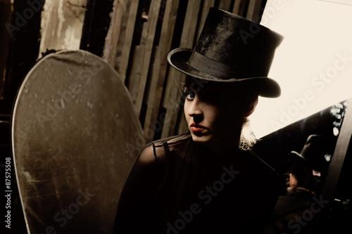 In de dag Illustratie Parijs Woman wearing a high hat