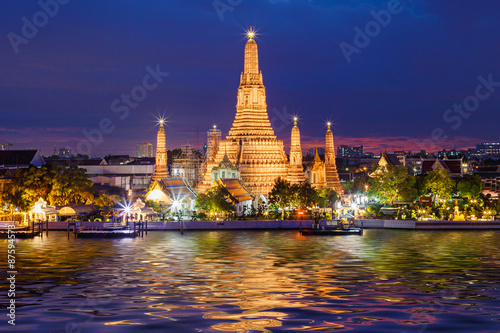 Foto op Canvas Temple Wat Arun Temple in bangkok thailand