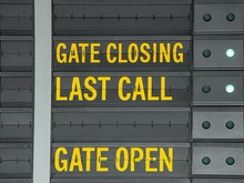 Gate Closing,Gate Open And Las...