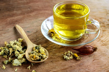 Chinese Chrysanthemum Tea On O...