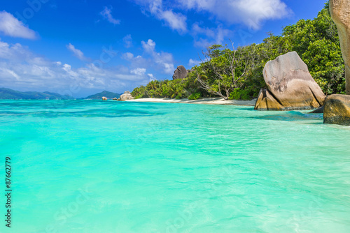 Poster Groene koraal Anse Source d'Argent - Beautiful beach on tropical island La Digue in Seychelles