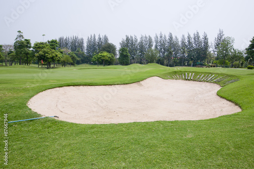 Deurstickers Golf A sandpit at a golf course