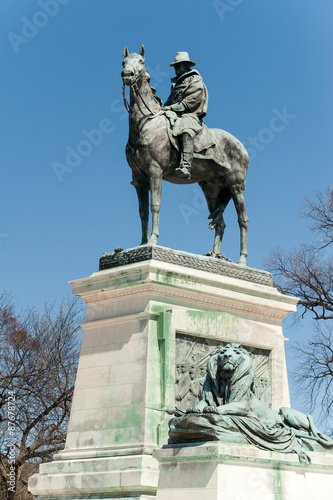 Fotografering  lysses S. Grant Memorial in front o the US Capitol Building