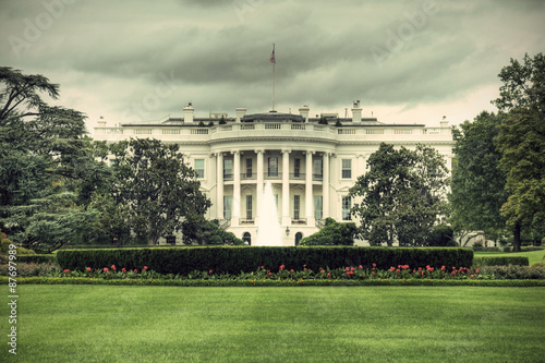 The White House in Washington D Canvas-taulu
