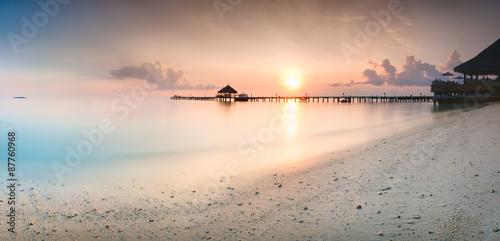 Panorama wschodu słońca na Malediwach