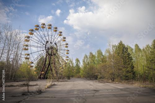 Poster Amusementspark Ferris wheel in amusement park in Pripyat