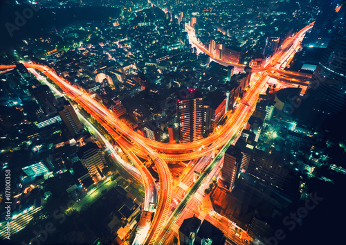 Photo  Aerial view of a massive highway intersection in Tokyo