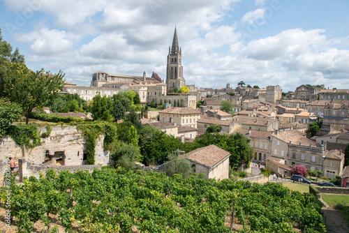 Valokuvatapetti Le village de Saint-Émilion