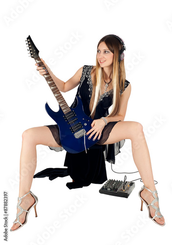 In de dag Art Studio Beautiful woman with guitar