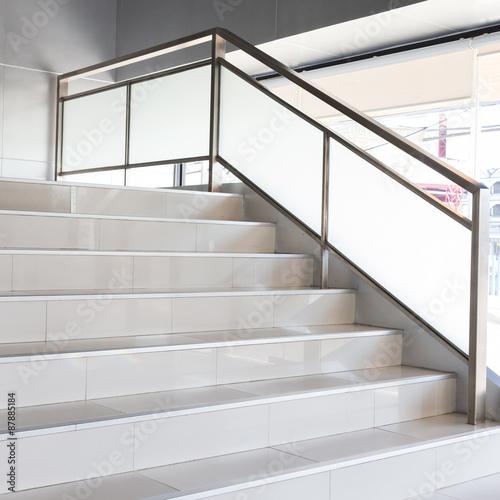 Foto op Plexiglas Trappen white stairs in modern office