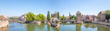 Ponts Couverts De La Petite Fr...