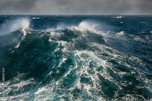 Stickers pour porte Eau sea wave in atlantic ocean