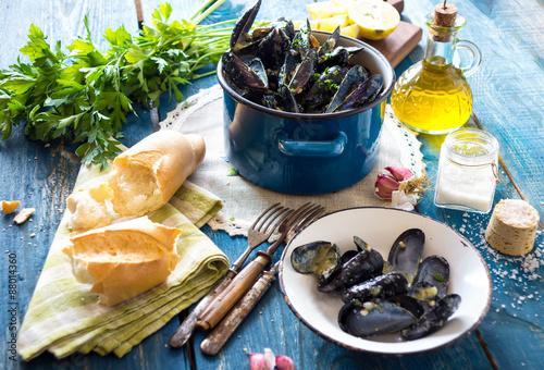 Valokuva  Mussels with buzara sauce