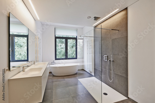 Fotografía  Luxury modern bathroom