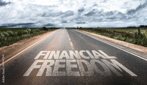 Fotografija Financial Freedom written on rural road