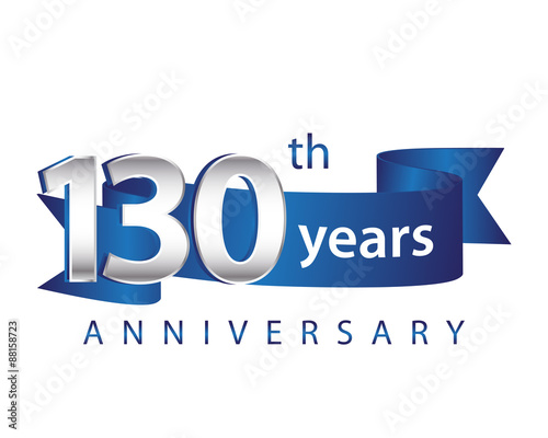 Fotografia  130 Years Anniversary Logo Blue Ribbon