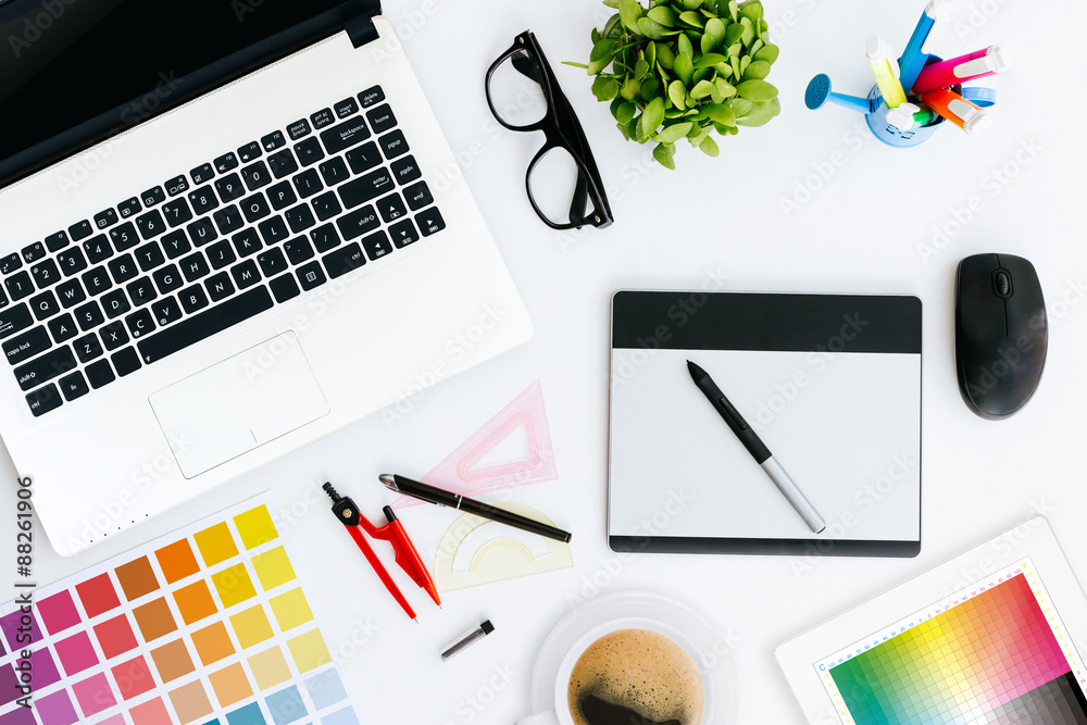 Fototapety, obrazy: professional creative graphic designer desk