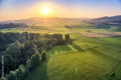 Luftaufnahme und Sonnenuntergang