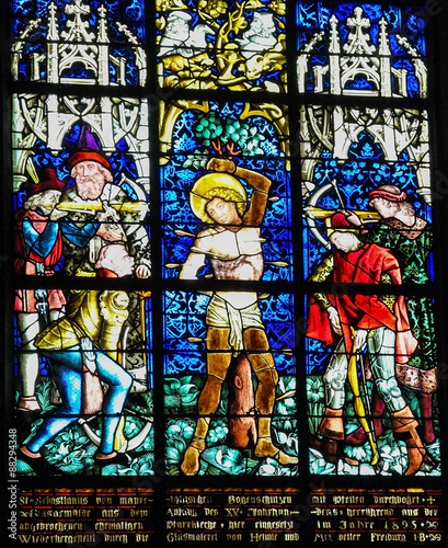 In de dag Stained Martyrdom of Saint Sebastian - Stained Glass in Obernai