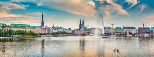 Fotografía  Binnenalster (Inner Alster Lake) panorama in Hamburg, Germany at sunset