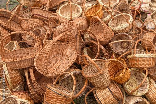 braided baskets at the fair Fototapete