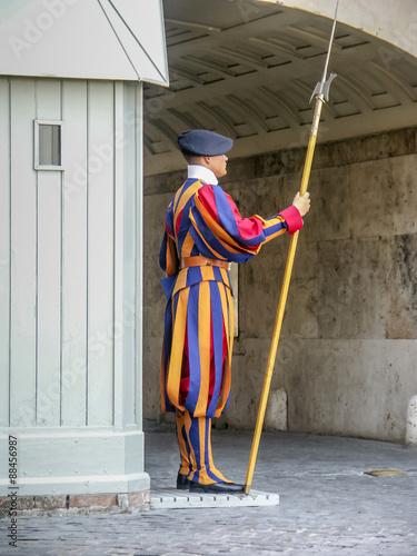 Fototapeta garde suisse pontificale au Vatican, Rome, Italie  obraz
