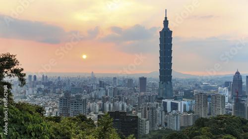 Sunset over Taipei, in Taiwan Canvas Print