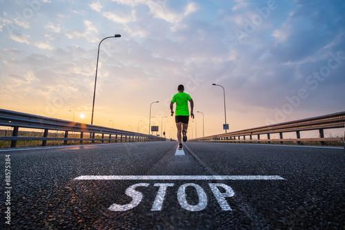Fotografia  Run over the stop